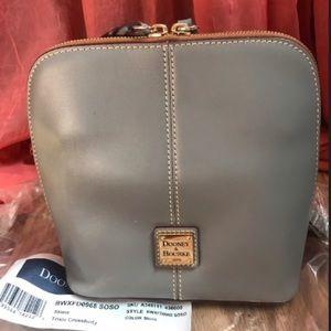 Dooney & Bourke- Pebble Leather crossbody handbag